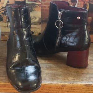 ❤Pikolinos croc booties! Made in Spain